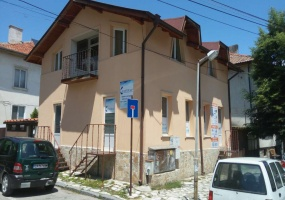 Разлог,Благоевград,България 2760,2 Bedrooms Bedrooms,1 BathroomBathrooms,Жилищни обекти,1043